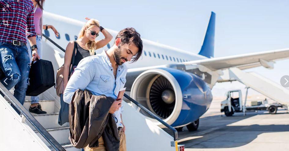 В Великобритании туристов заставят взвешиваться перед посадкой на самолет