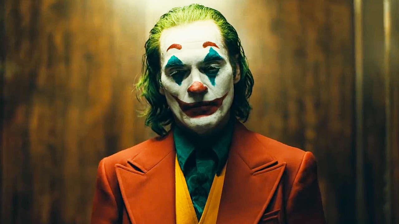 """Фильм """"Джокер"""" вызывает возмущение за использование песни осужденного Гэри Глиттера"""