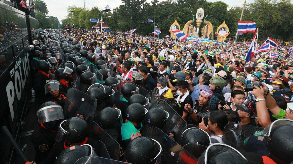 Митинг Таиланд против монархии